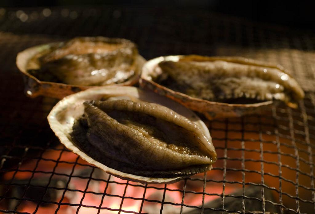 アワビ料理